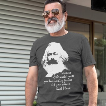 """Karl Marx """"Workers"""" Quote T-Shirt"""