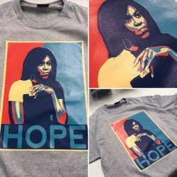 "Michelle Obama ""Hope"" T-Shirt"