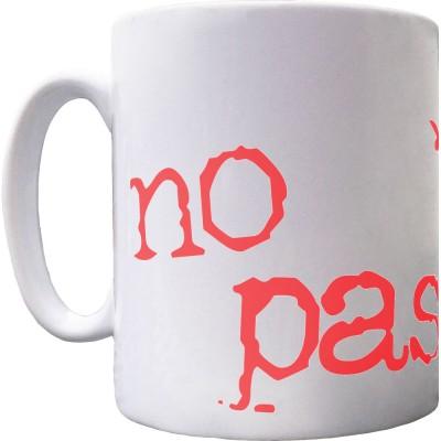 No Pasarán Ceramic Mug